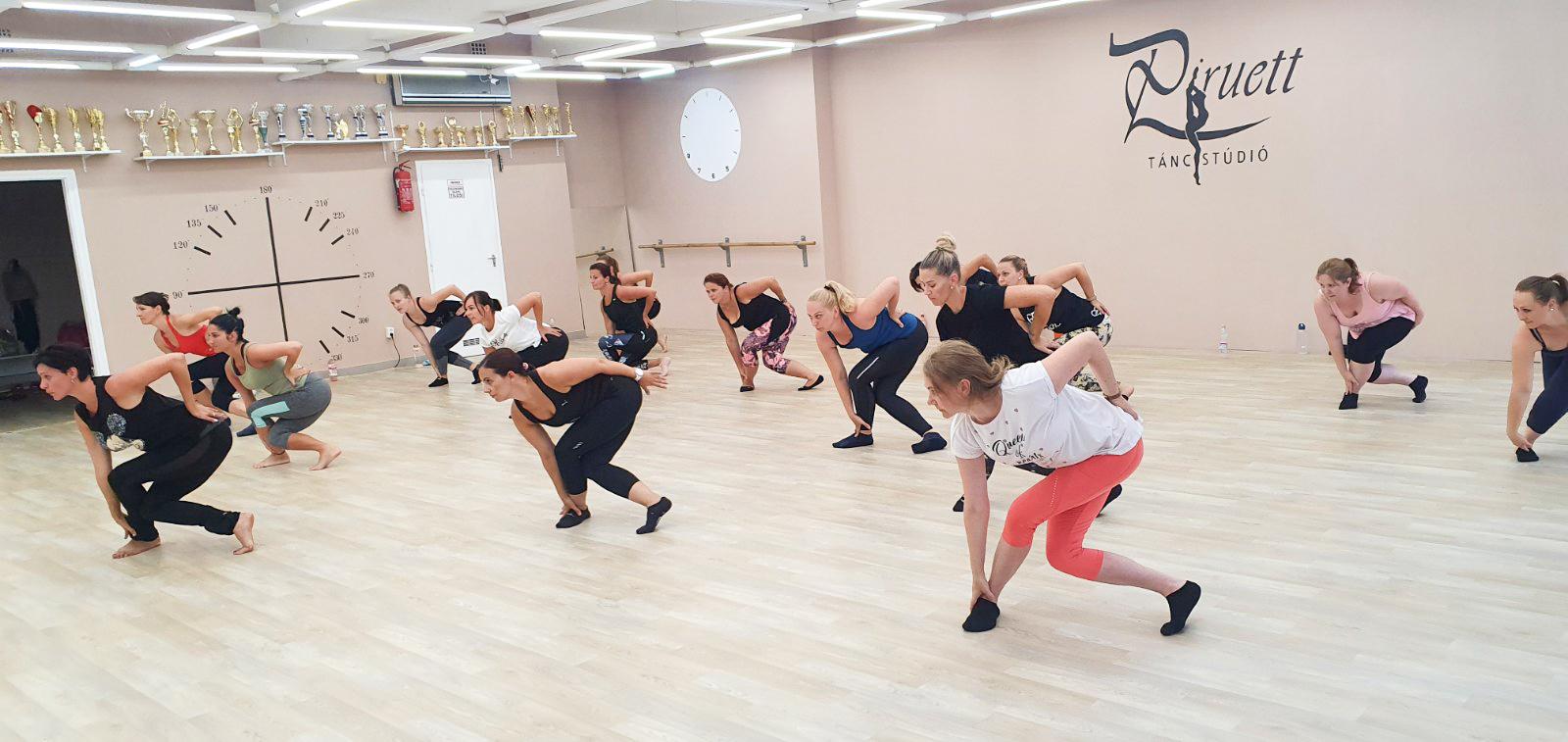 Felnőtt tánc csoport